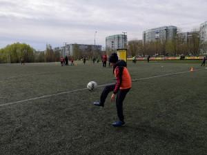 жонглирование мяча, техника игры в футбол 12 (2)